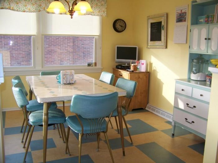 retrokitchen4 10 Amazing Designs Of Vintage Kitchen Style