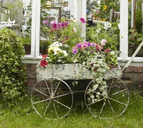 rustic-garden-1 13 Impressive Rustic Garden Style With Its Attractive Elements