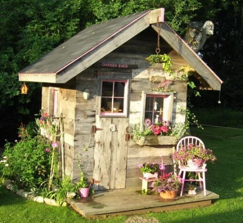 rustic-garden-5 13 Impressive Rustic Garden Style With Its Attractive Elements