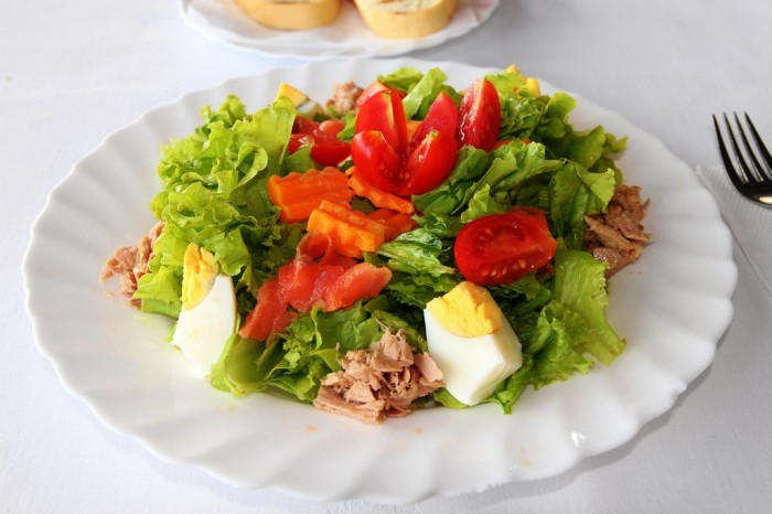 salad1-1024x682 15 Ways You Should Know to Start Eating Healthy