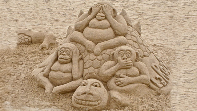 sand-art-6 30 Stunning Installations Made Of Sand Beach
