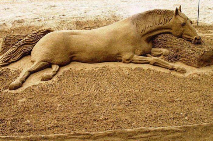 sand-art.jpg2_ 30 Stunning Installations Made Of Sand Beach