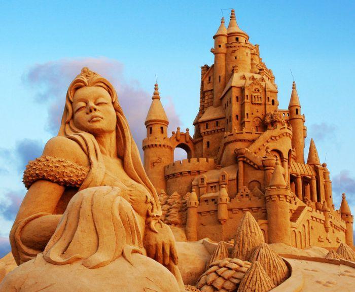 sand-art12 30 Stunning Installations Made Of Sand Beach