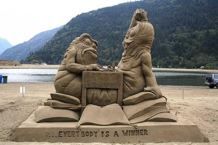 sand-art7 30 Stunning Installations Made Of Sand Beach