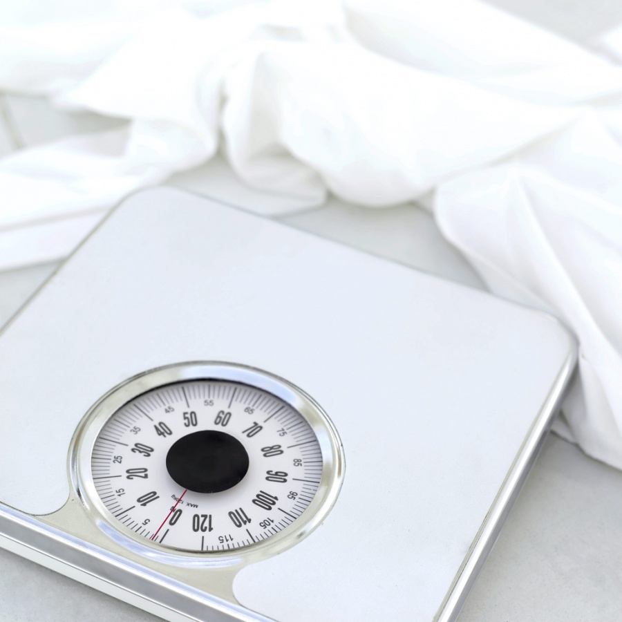 scale-image1 Are you Overweight, Underweight, Obese or at a Normal Weight?