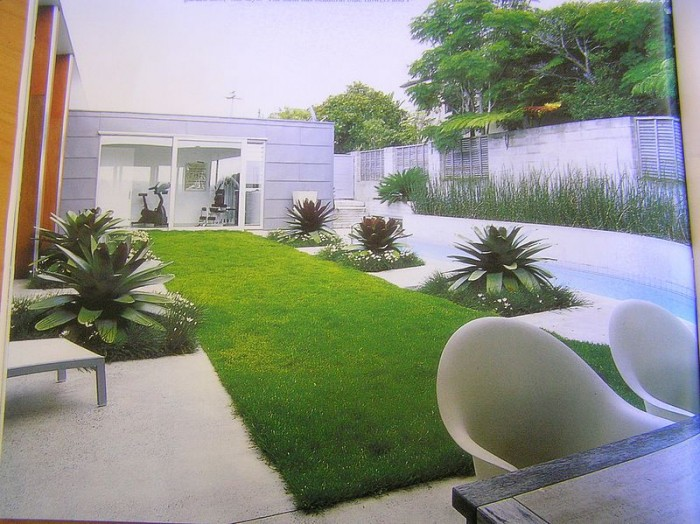 small-landscaping-pictures-1 Liven Up Your Home with 7250 Breathtaking Landscaping Designs