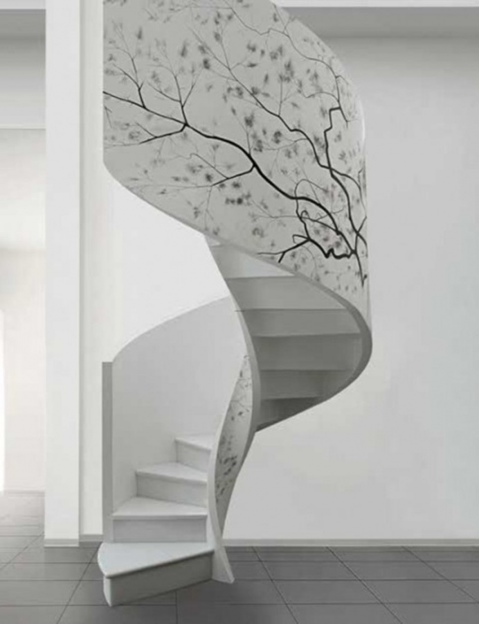 spiral-staircase-decorating-ideas6 Turn Your Old Staircase into a Decorative Piece