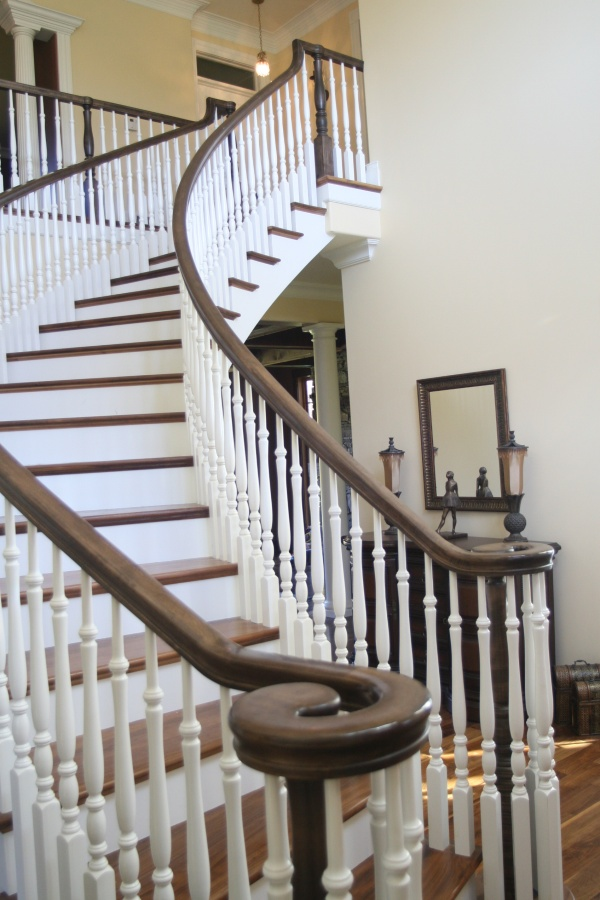 stair-designs-bennett-stair-company-inc-home Turn Your Old Staircase into a Decorative Piece