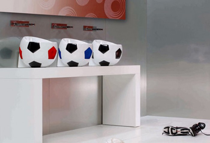sweet-soccer-bal-kids-bathroom-decor 25 Ideas Of Modern Designs For Kids Bathroom