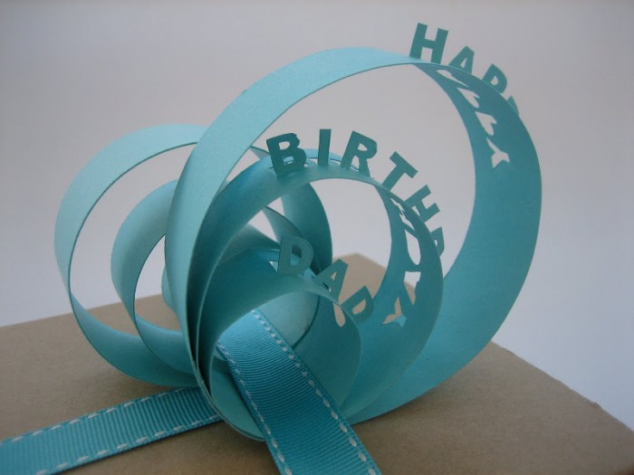 topper 35 Creative and Simple Gift Wrapping Ideas