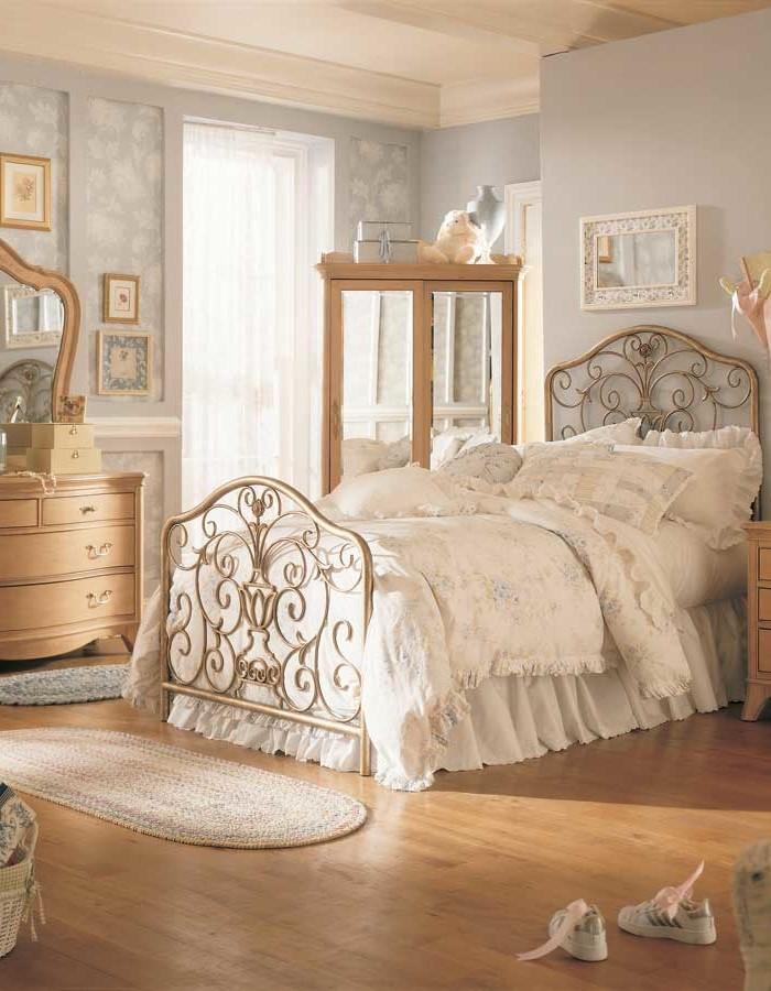 старинные декор спальни