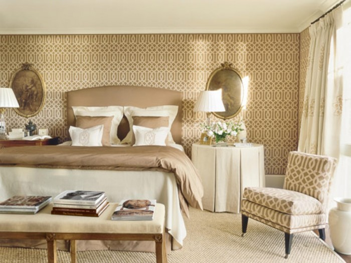 wallpaper-room-decorations-extra-comfortable-living Tips On Choosing Wallpaper For Your Bedroom