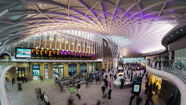 004_LondonKingsCross_TWC_650x366 12 Of The Most Modernist Railway Stations In The World