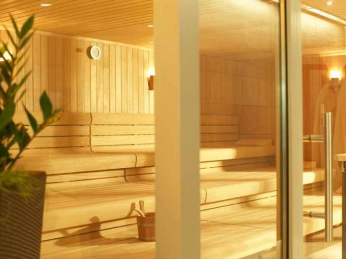 1361268715_483803760_5-Saunas-infrared-cabins-steam-rooms-jacuzzis-spa-fitness-equipment-for-sale-Western-Cape 9 Health Benefits Of Sauna Bathing