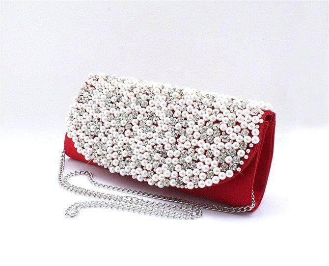 18198312914-148-Handmade-Beading-White-Hot-Prom-Handbags@2 10 Stunning & Fascinating Homemade Xmas Gifts
