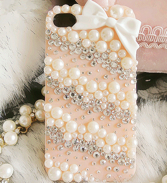 20120802171322_42238 50 Fascinating & Luxury Diamond Mobile Covers for Your Mobile