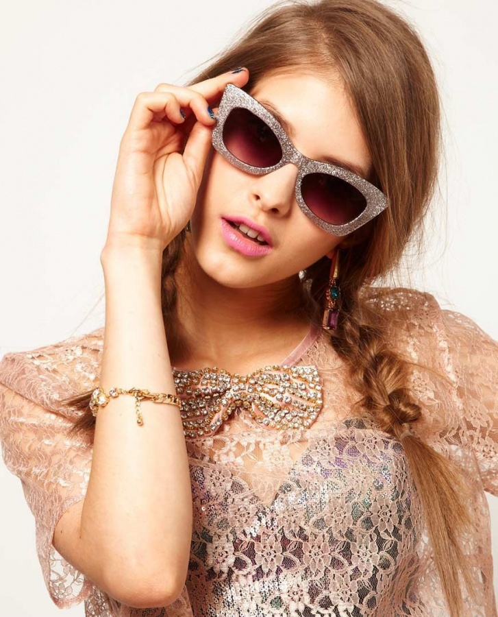 2013-Summer-Fashion-Trend-Statement-Sunglasses_011 48+ Best Christmas Gift Ideas for Your Wife