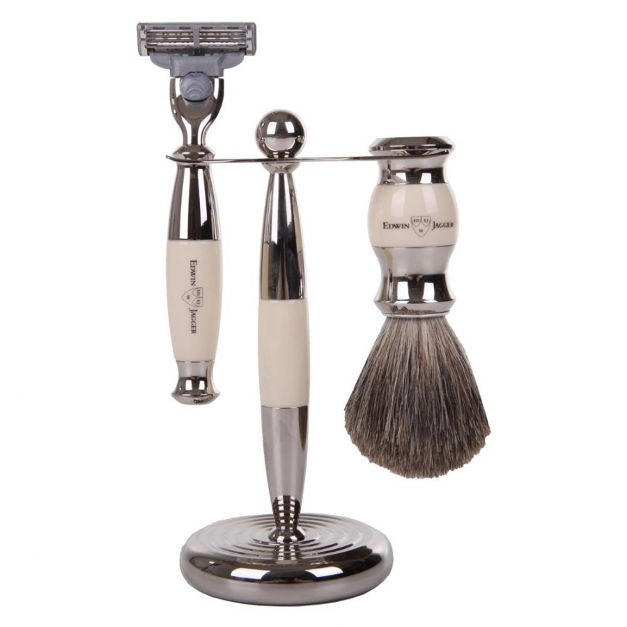 23-piece-shaving-set-imitation-ivory- The Best 10 Christmas Gift Ideas for Grandparents