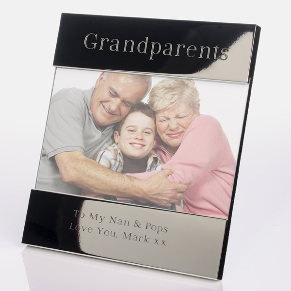 600x1000_fitbox-grandparents_shiny_silver_frame_web The Best 10 Christmas Gift Ideas for Grandparents