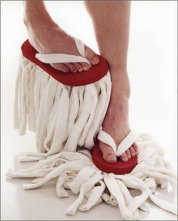 7484xitefun-walking-in-my-funny-slippers-02 35 Weird & Funny Gifts for Women
