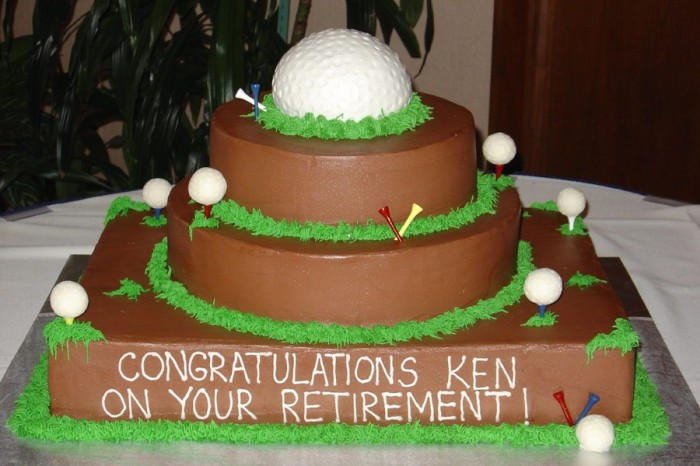 900x900px-LL-b8c23e71_modulescopperminealbumsuserpics54333Golf_Retirement_Cake 10 Retirement Gift Ideas for Women