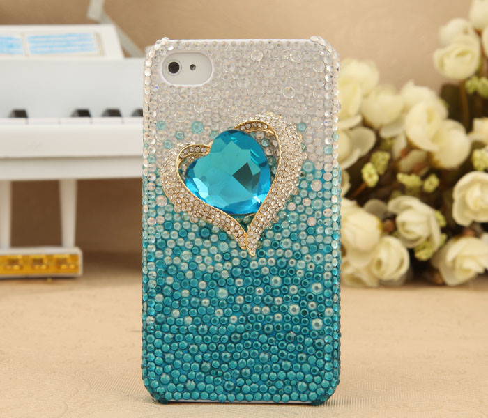 Apple-iPhone-4S-4G-3GS-Bling-Shiny-Crystal-Titanic-Diamond-Heart-Back-Case-Cover-Birthday-Gift-for-Her-GTMSP0124 50 Fascinating & Luxury Diamond Mobile Covers for Your Mobile