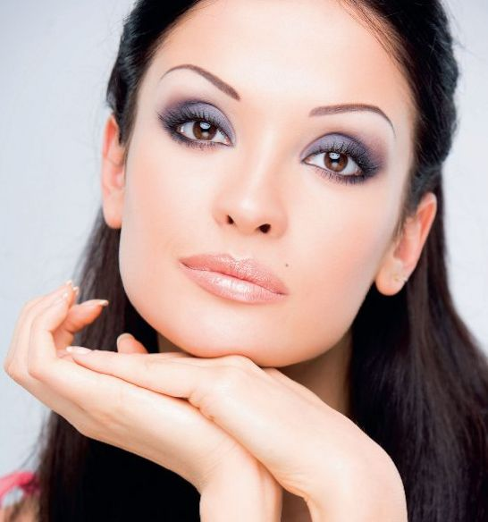 Brown-Eye-Makeup-Tips Get a Magnificent & Catchy Eye Make-up Following These 6 Easy Steps