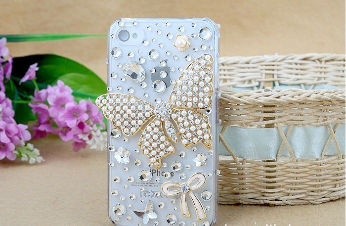 Butterfly-diamond-mobile-phone-luxury-cover-for-iphone4-accessories-for-iphone4g 50 Fascinating & Luxury Diamond Mobile Covers for Your Mobile
