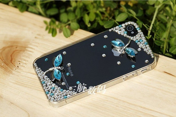 Dragonfly-diamond-mobile-phone-luxury-cover-for-iphone4-accessories-for-iphone4g-case-for-iphone4s-case-free 50 Fascinating & Luxury Diamond Mobile Covers for Your Mobile