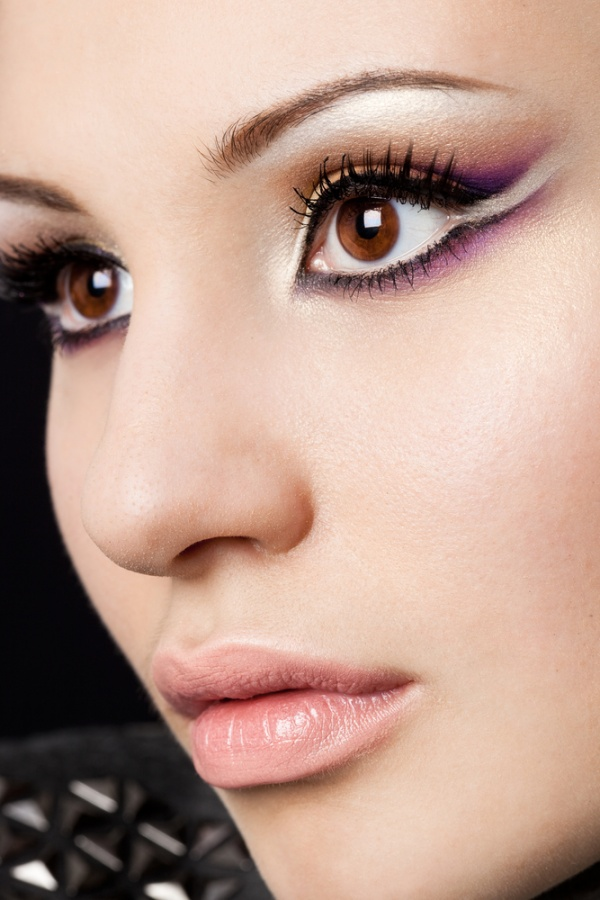 Dubai-Permanent-Make-Up-or-Permanent-Cosmetics1 Follow These 5 Easy Steps to Apply Foundation and Powder on Your Own