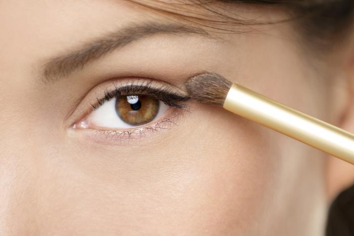 Editorial_53 Get a Magnificent & Catchy Eye Make-up Following These 6 Easy Steps