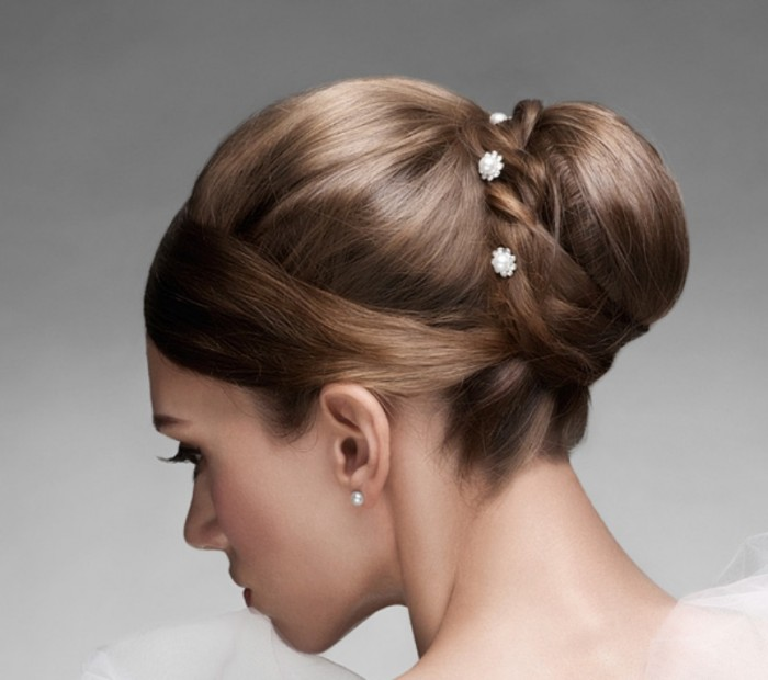 Fast-bridal-hairstyle 50 Dazzling & Fabulous Bridal Hairstyles for Your Wedding