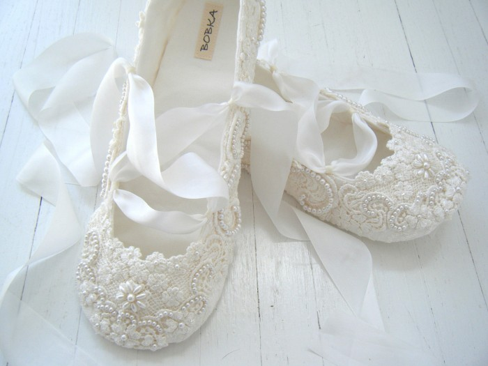 Flats-wedding-shoes-bridal-ballet-flats-custom-made-bridal-shoes A Breathtaking Collection of White Bridal Shoes for Your Wedding Day