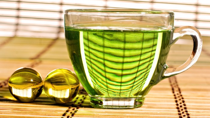 Green-Tea5 12 Bountiful And Healthy Benefits To Drinking Green Tea