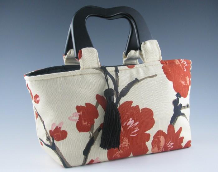 Handbag-Jackie-Adamany 10 Stunning & Fascinating Homemade Xmas Gifts