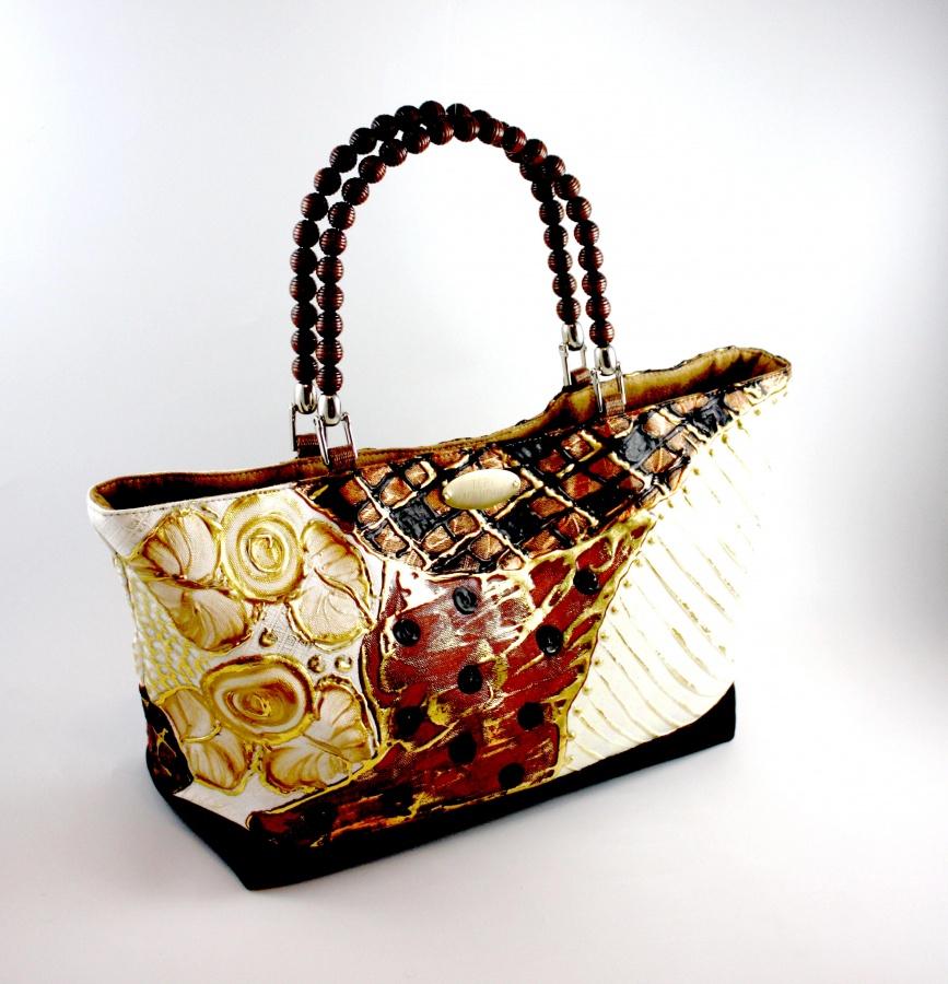 HandmadeTote-Bag 10 Fabulous Homemade Gifts for Your Mom