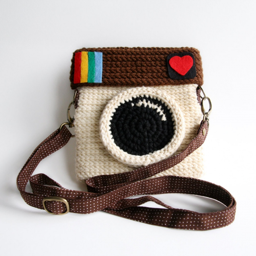 Instagram-Purse-by-Meemanan-1 10 Stunning & Fascinating Homemade Xmas Gifts