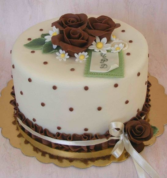 Kids-Birthday-Cakes-Flowers-Round 60 Mouth-Watering & Stunning Happy Birthday Cakes for You