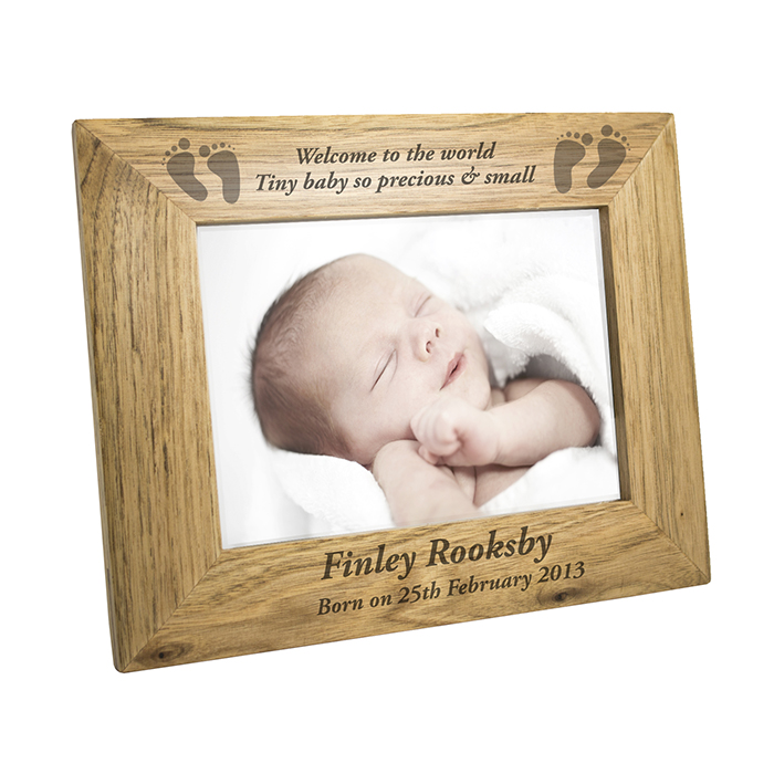 P011146 The Best 10 Christmas Gift Ideas for Grandparents