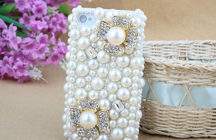Pearl-diamond-mobile-phone-luxury-cover-for-iphone4-accessories-for-iphone4g-case-for-iphone4s-case-free 50 Fascinating & Luxury Diamond Mobile Covers for Your Mobile