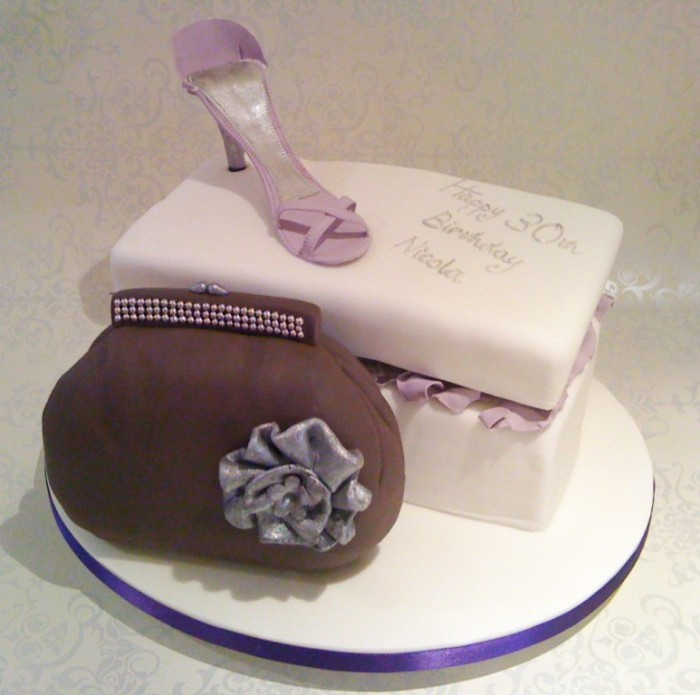 Shoe-Box-and-Handbag-30th-Birthday-Cake-1024x1017 60 Mouth-Watering & Stunning Happy Birthday Cakes for You
