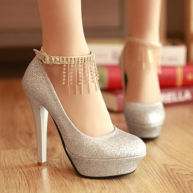 Summer-Bridal-Shoes-Collection-3 A Breathtaking Collection of White Bridal Shoes for Your Wedding Day