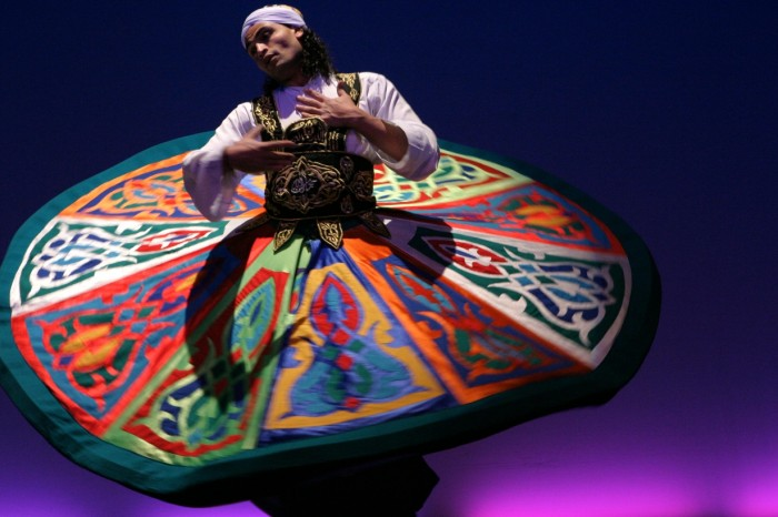 Tanoura-dancer-02 Get Inspired While Watching A Live Show Of Tanoura Dance Performance