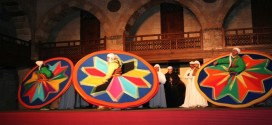 Get Inspired While Watching A Live Show Of Tanoura Dance Performance