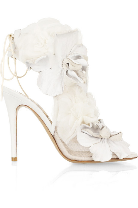 Valentino-Leather-and-Tulle-Embellished-Mesh-High-Heel-Bridal-Shoes-side-view-50f441eae7799 A Breathtaking Collection of White Bridal Shoes for Your Wedding Day