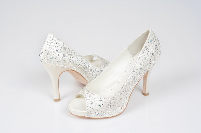 Yona-Shoes-White-or-Ivory-Swarovski-Crystal-covered-Designer-Luxury-Bridal-shoes-from-Crystal-Couture A Breathtaking Collection of White Bridal Shoes for Your Wedding Day