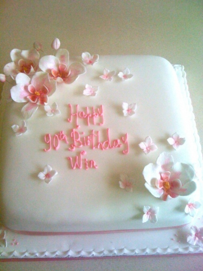 adult-birthday-cake4-600x800 60 Mouth-Watering & Stunning Happy Birthday Cakes for You