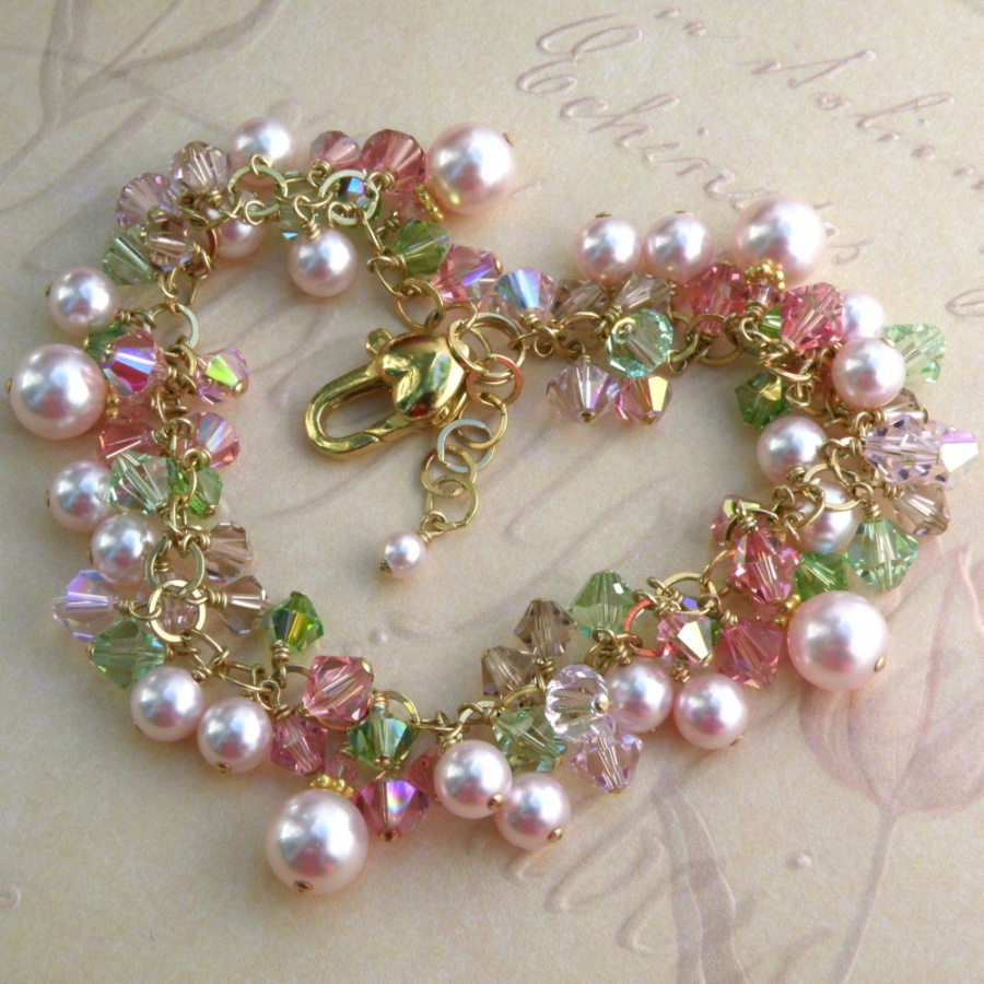 appleblossompink1c 10 Fabulous Homemade Gifts for Your Mom