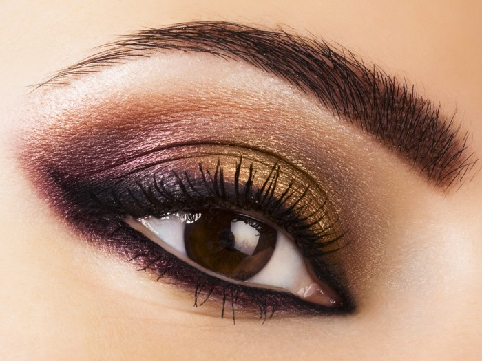 arabic-eye-make-up-and-dark-eye-make-up-smoky-eye-makeup Get a Magnificent & Catchy Eye Make-up Following These 6 Easy Steps