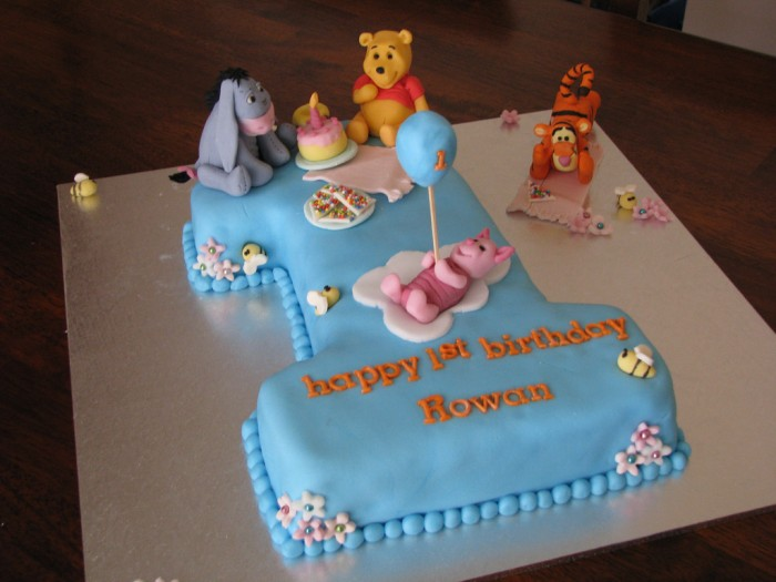 baby-boys-first-birthday-cake 60 Mouth-Watering & Stunning Happy Birthday Cakes for You